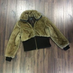 Fur Express Bomber